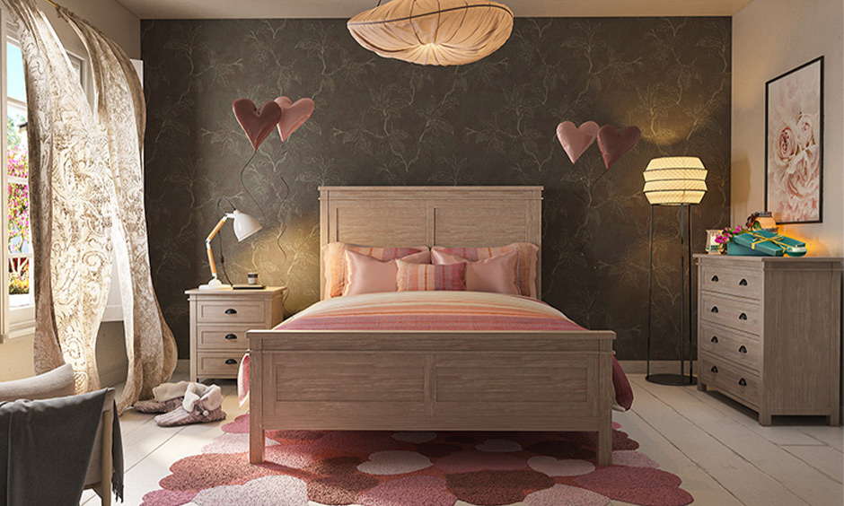 Vastu shastra to attract love, Bedroom with the bed made from wood brings tranquillity and good energy.