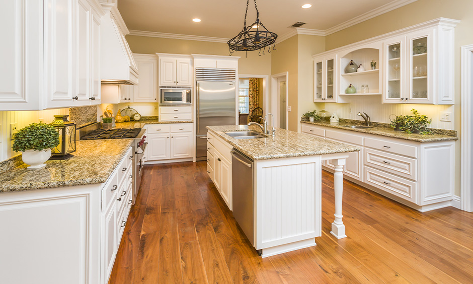 Island modern kitchen color schemes in cream and white vintage look and feel.