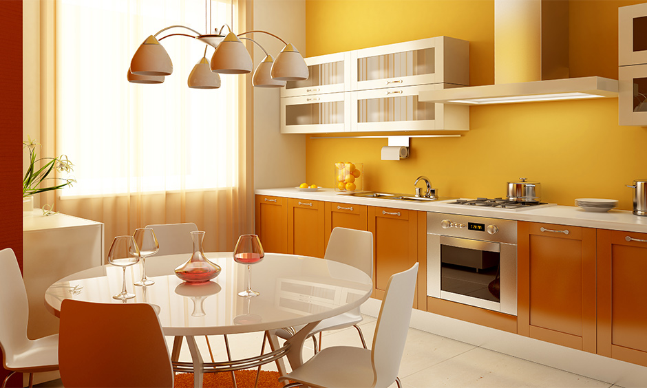 Yellow and white modern kitchen color combinations bring sunshine to the kitchen.