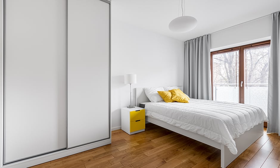 Modern and minimal white bedroom cupboards