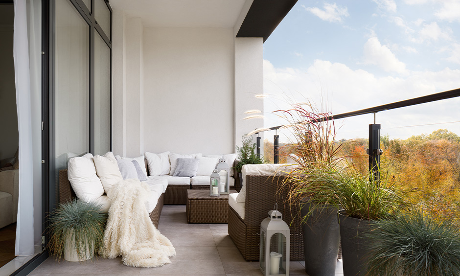 White and black balcony colour design with old-worldly charm yet a modern vibe