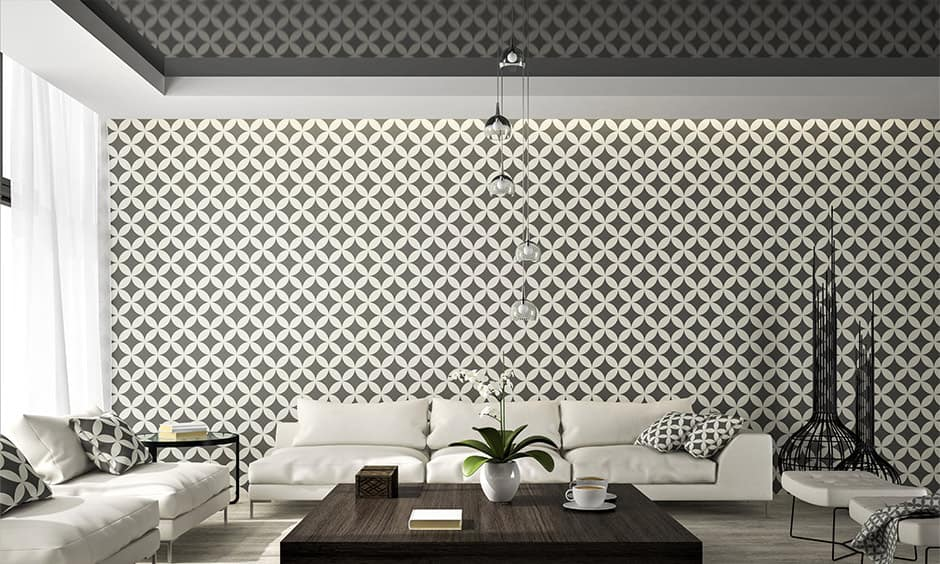 Ceiling decoration ideas with high-gloss black reflective ceiling decoration
