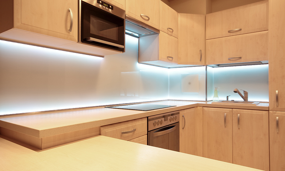 Under kitchen cabinet lighting ideas for your home