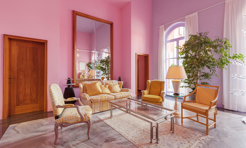 Classic and traditional living room design with classic pink