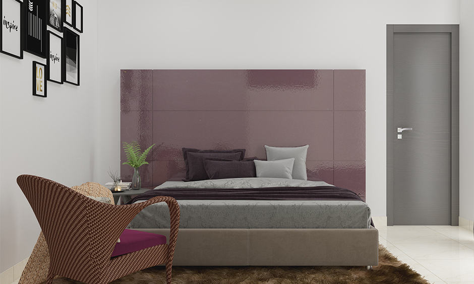 Violet in colour combination for bedroom according to vastu