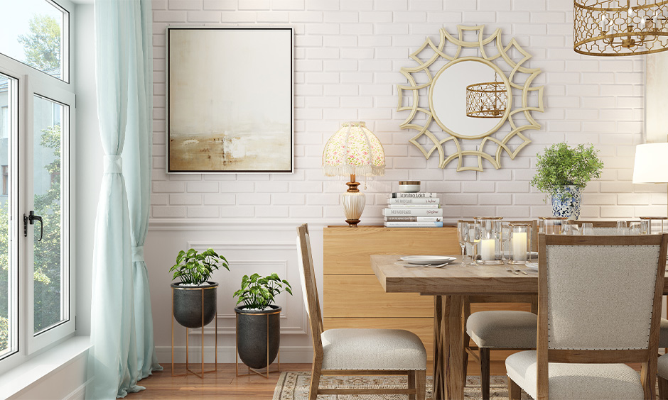 Money plant Vastu direction, two money plants placed in the southeast corner in the dining room lends fresh air.