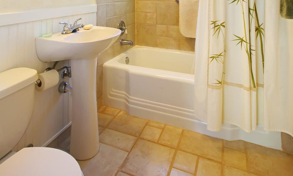 Beautiful bathroom tile design ideas for small bathrooms