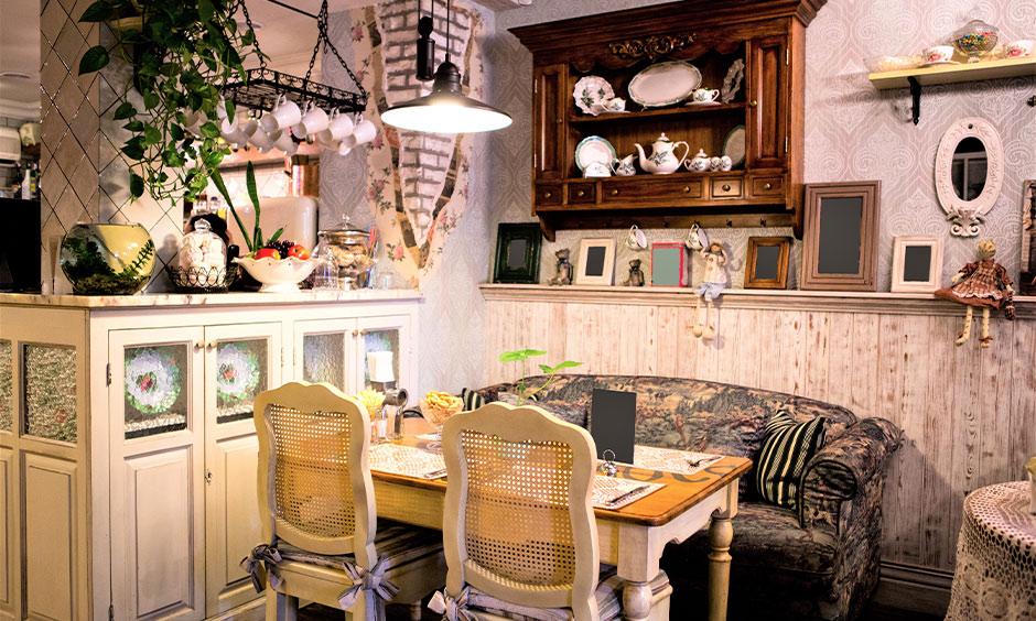 Small dining room in shabby french style interior with delicate and feminine visual elements looks elegant.