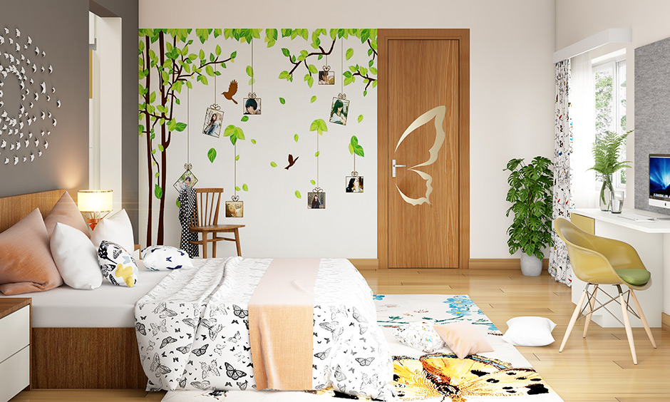 DIY room decor ideas for teenage girls with stringing polaroids wall and painting.