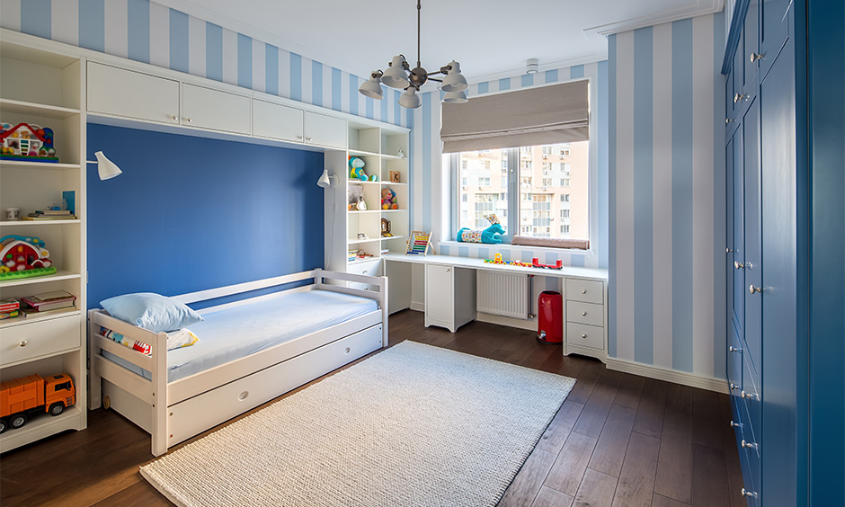 Space-saving kids bed that can be a convertible sofa bed adds a little bit of extra storage too.